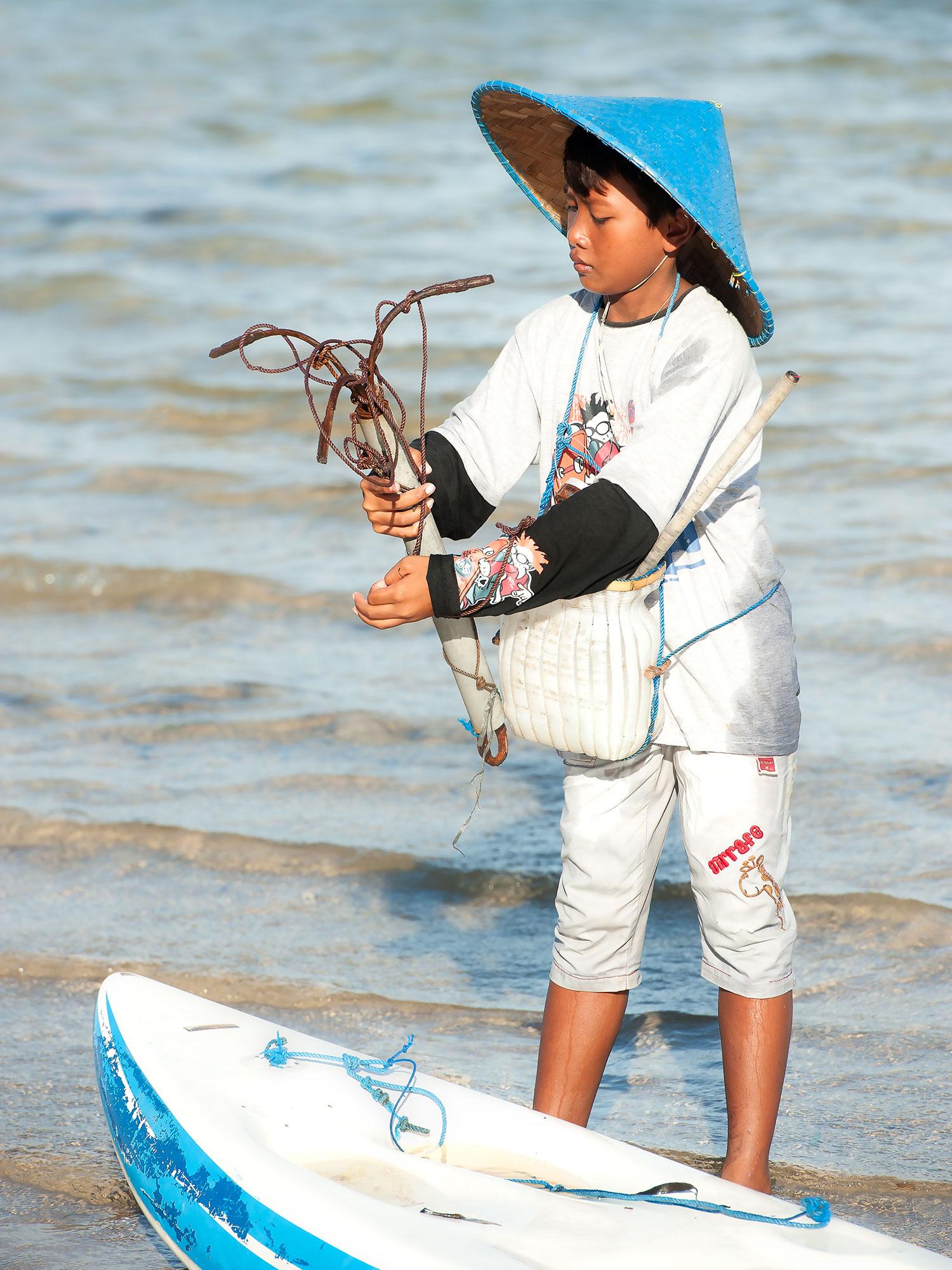 Bali fishing boy