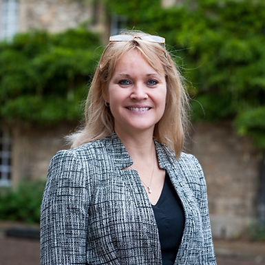 Dr Sue Pavord