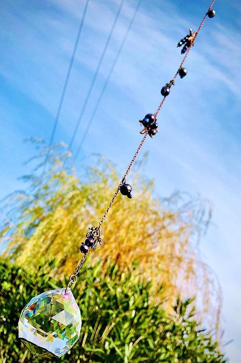Arc en ciel harmonisant nacres et spinelle noire
