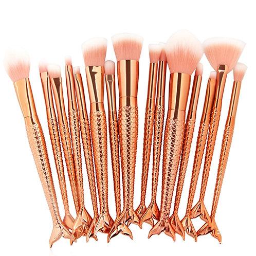 Pinceaux de maquillage sirene dorés