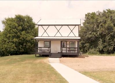 bridal cottage.JPG