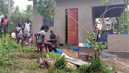 Noodoplossing Hearts Vision in Uganda