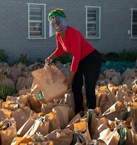 Cruciale voedselpakketten voor Ikamva, Kaapstad