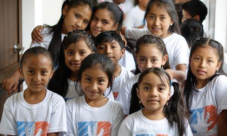 DAGELIJKSE WARME MAALTIJD VOOR KINDEREN IN CASA ALDEC, QUITO