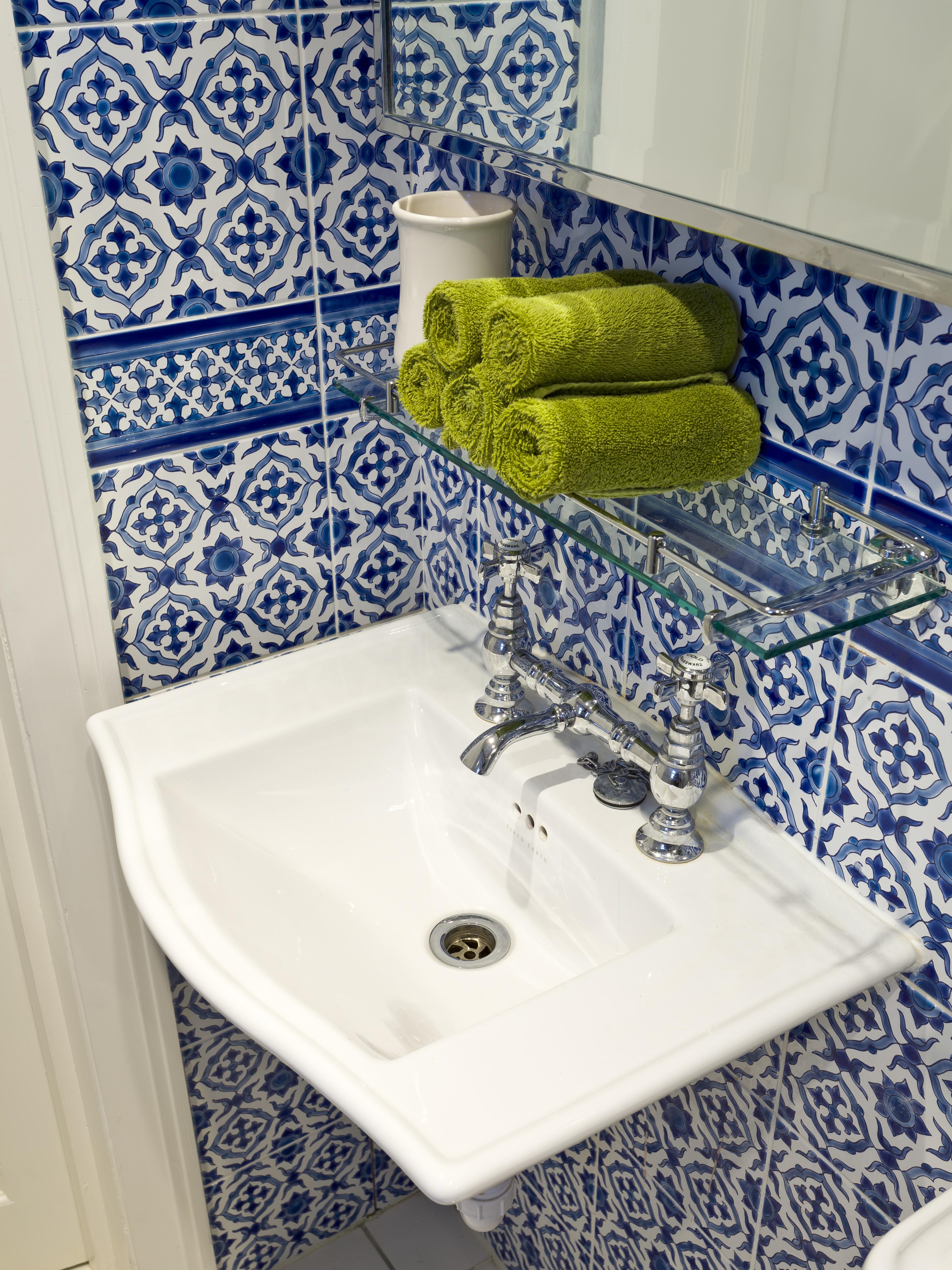Kensington Two : Guest Shower