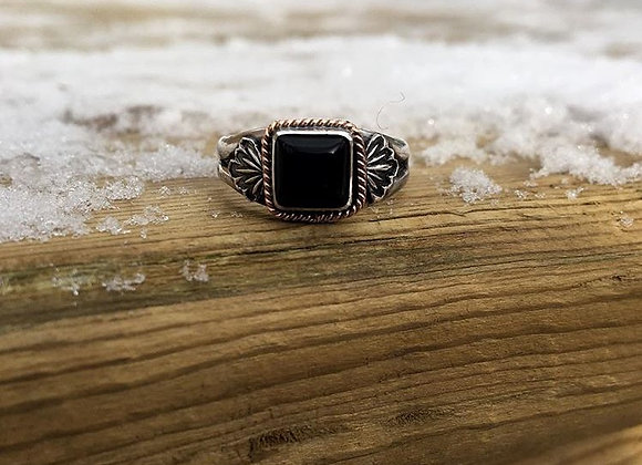 Black onyx with pink gold