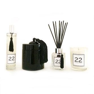 Boîte Laquée, Bougie 22, Parfum 22 et Bouquet 22