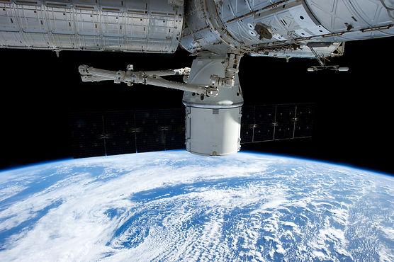 satellite-693222.jpg