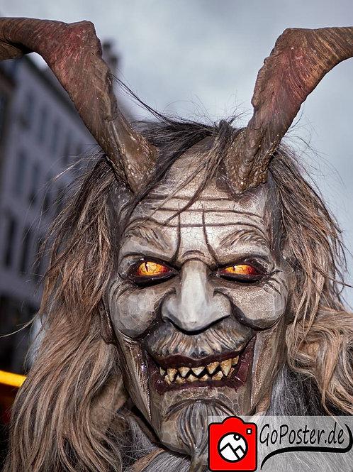 Krampus mit dämonischen Augen