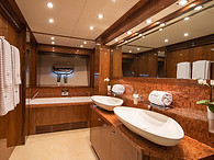 Main Deck Suite Bathroom
