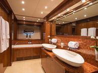 Main Deck Suite Bathroom