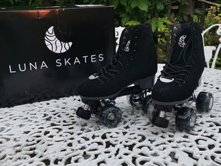 Luna Skates Unboxing and First Impressions