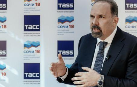 Экс-глава Минстроя Мень покинет Счетную палату — СМИ