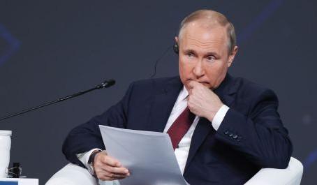 Льготную ипотеку на новостройки нужно продлить с изменением условий — Путин