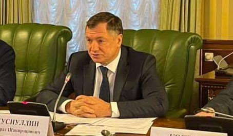 Хуснуллин предложил направить средства ФНБ на модернизацию ЖКХ