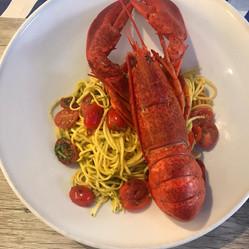 spaghetti au homard entiere
