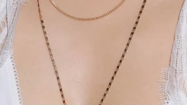 Rose Plate Necklace
