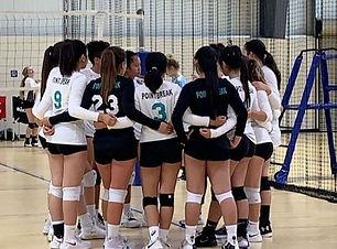 Girls.Teamwork.JPG