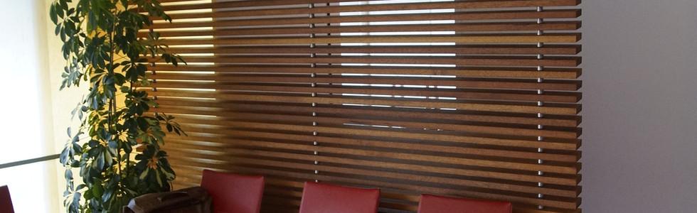 Holztrennwand