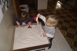 Sandspiel in der Kinderkrippe