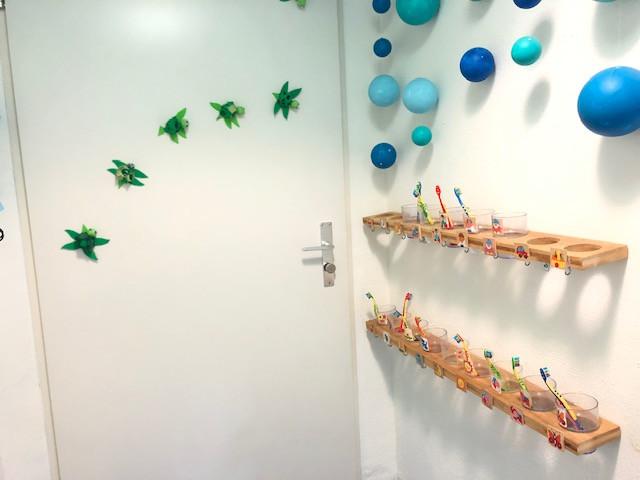 Badezimmer Zähneputzen