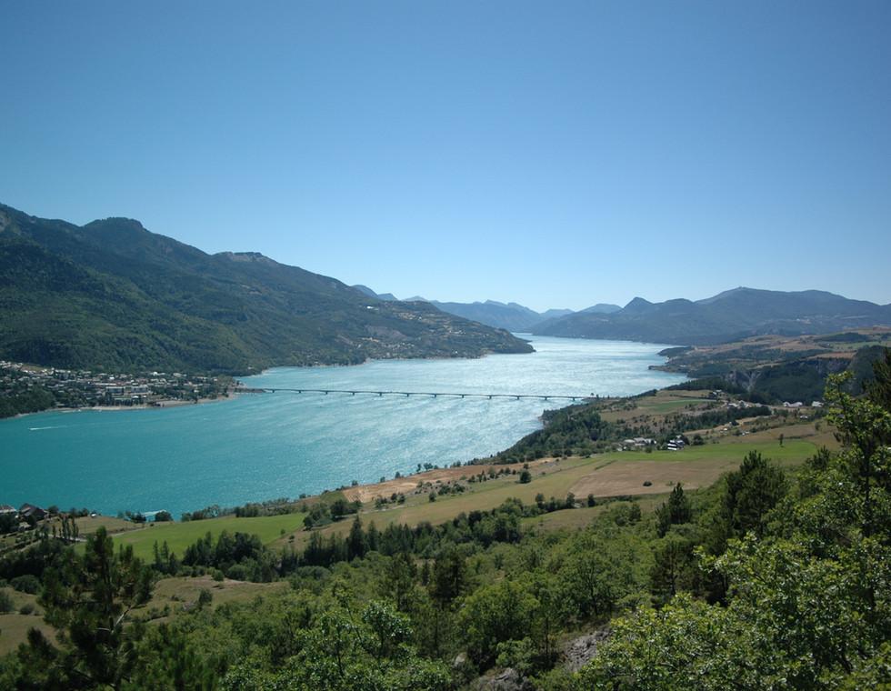 Lac_de_serre_Ponçon.jpg