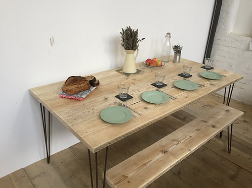 Wide Kitchen/Dining table - Light Wood