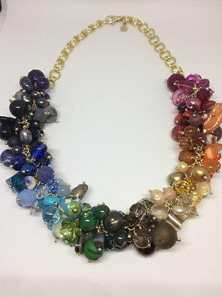 Gullforgyldt sølvsmykke flust av perler