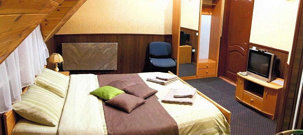 Не много мини-отелей Киева смогут предложить вам настолько уединенный и спокойный отдых. Особенность