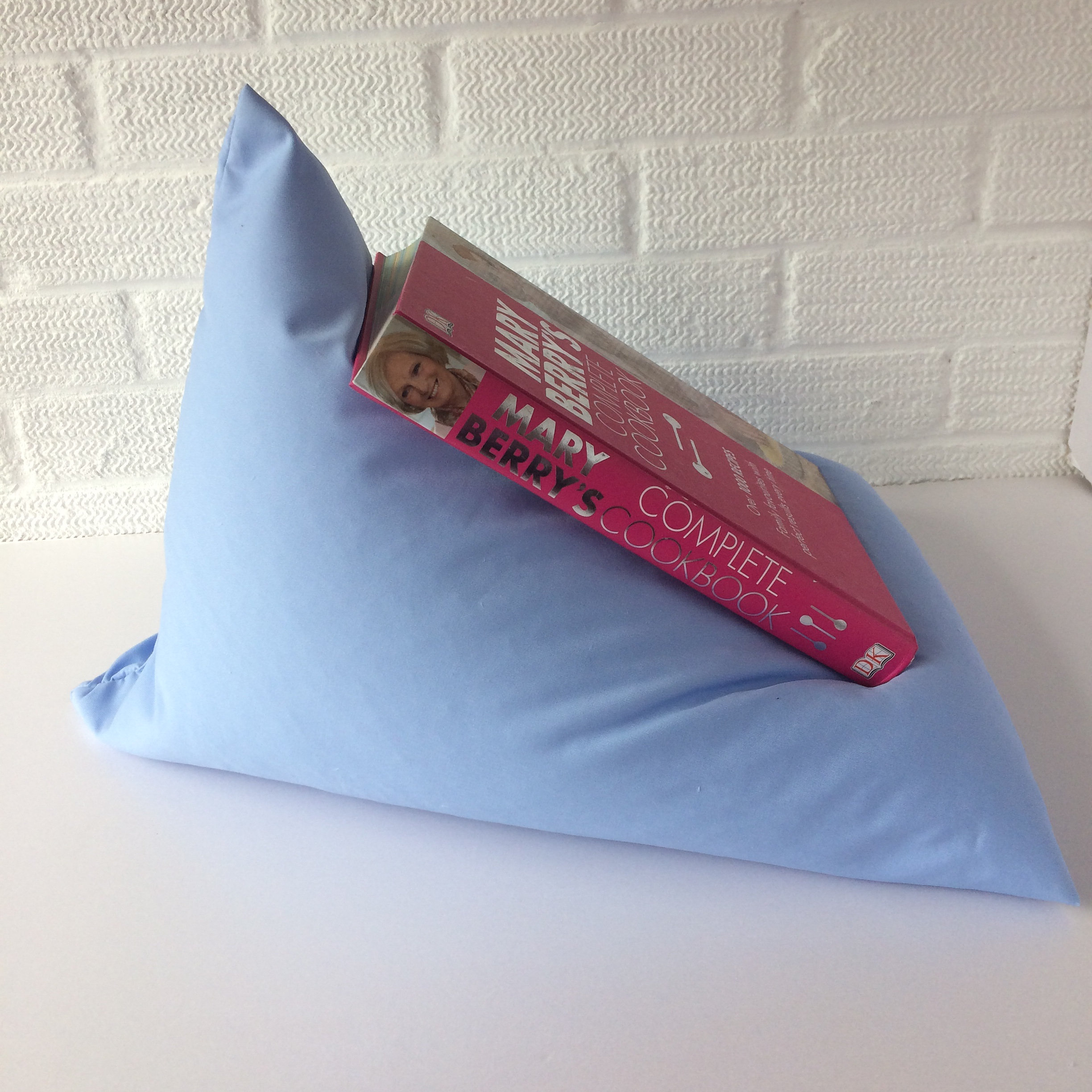 fabric notions ts ipswich may hem uk book holder or