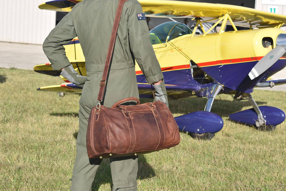 Vintage Reisetasche aus Leder in Rotbraun Farbe | Greenwood Leder