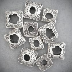 Frame Hollow Beads