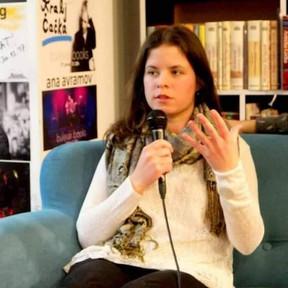 Hemisferalnost pjesništva Anđele Pendić