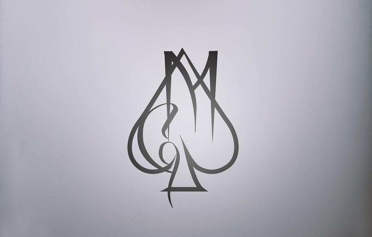 Fondo con logotipo Magogoyo