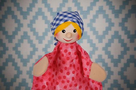 Handpuppe Gretel Kersa.jpg