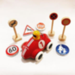 [Werbung] NEU! Der Push & Go Rennwagen v