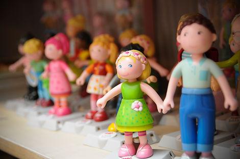 Puppenhausfiguren haba.jpg
