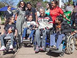Geraldo Nogueira com Crianças em BH