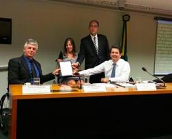 Geraldo Nogueira com Mara Gabrilli e Otavio Leite