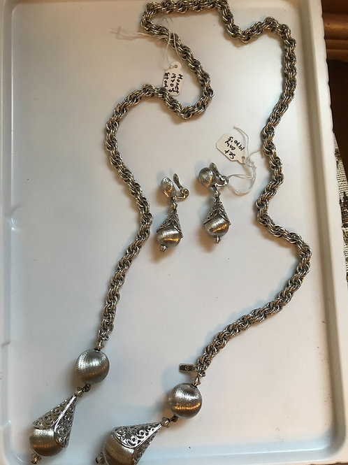 Monet Earring and Chain Set