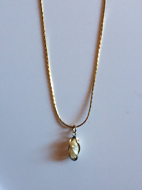 Wrapped faux pearl necklace