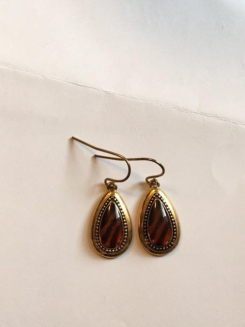 Resin tiger design earrings