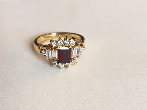 Gold plated ring with Red rhinestone