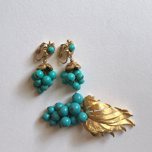 Grape Leaf pin and Clip on earring set