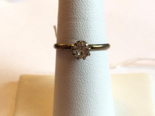 Simple metal ring with rhinestone