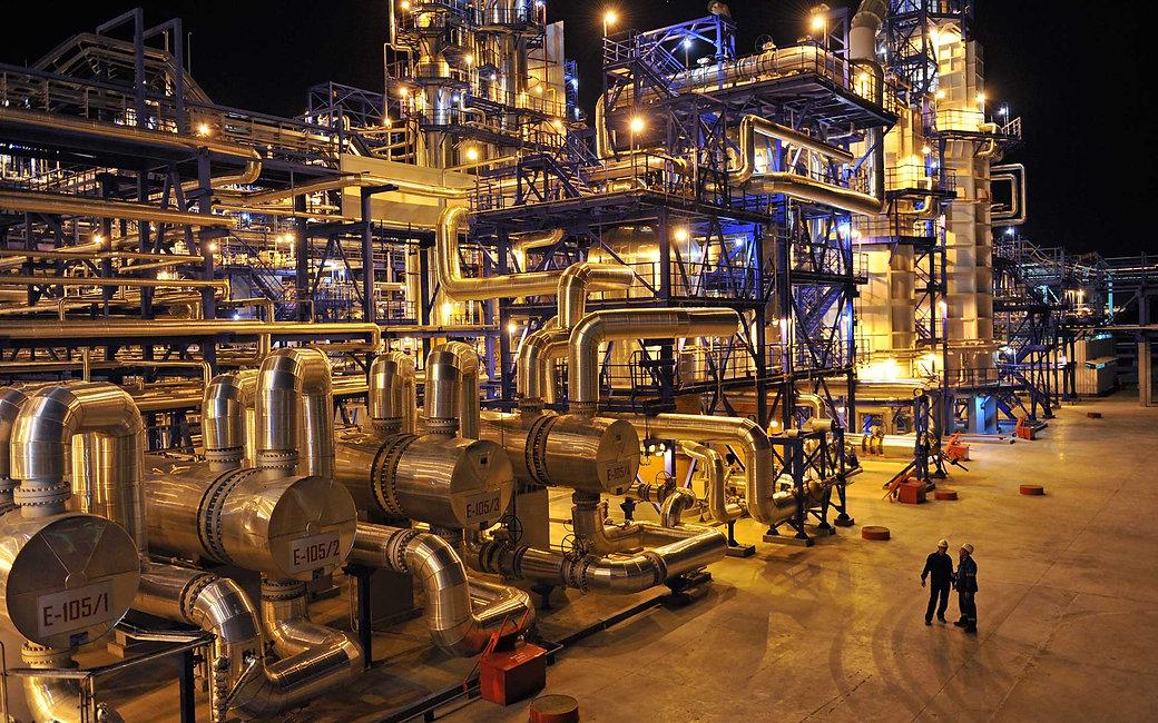 oil-refining-top.jpg