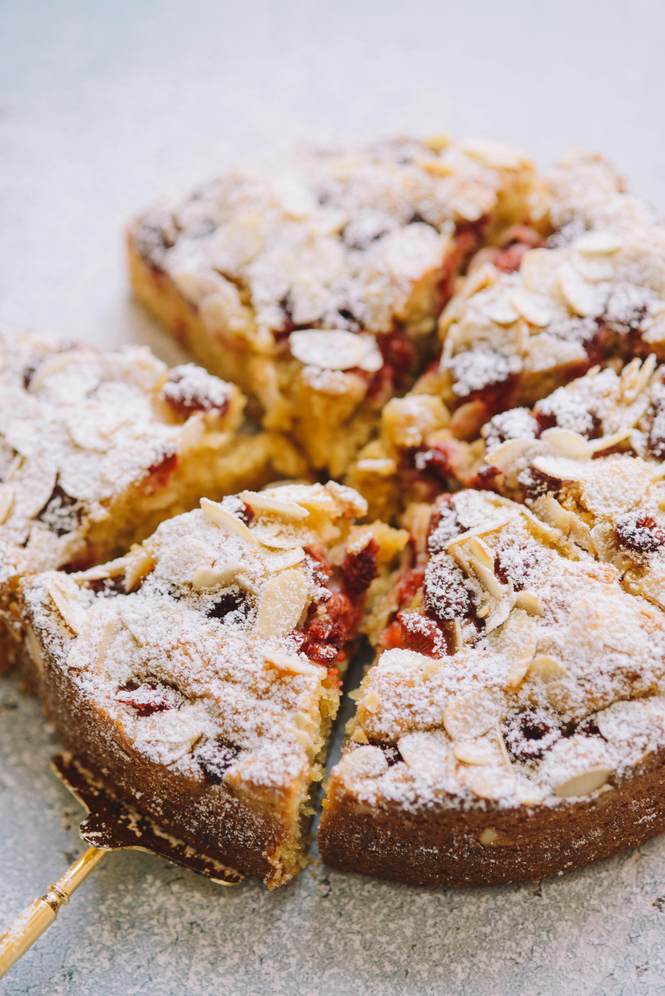 ラズベリーのアーモンドケーキ