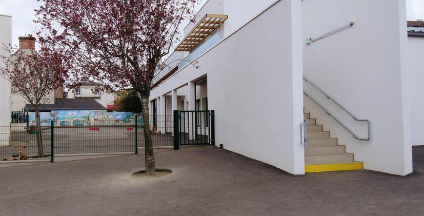 Cour Maternelle.jpg