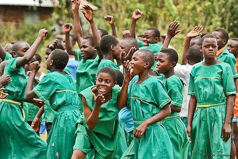 kasiisi project girls green.jpg