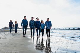 San Diego beach photographer - family photo session on Coronado
